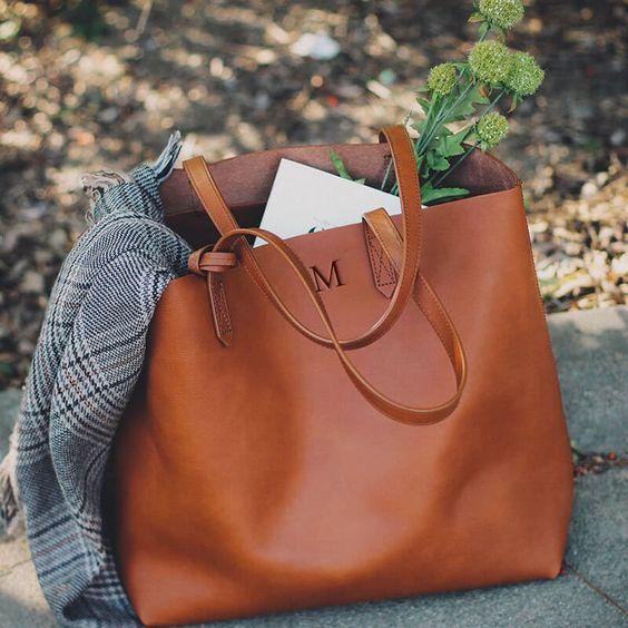 how-to-choose-be…d-a-shoulder-bag